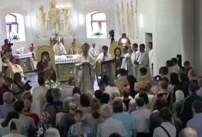 Папа Франциск передав особисту пожертву на побудову собору УГКЦ у Харкові