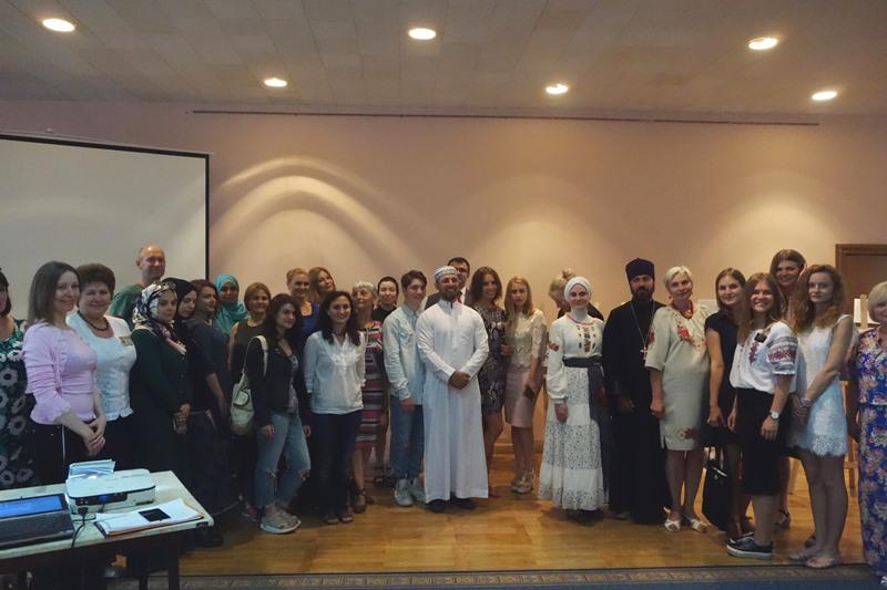 В Киевской обладминистрации открыта фотовыставка «Кое-что общее», разбивающая религиозные стереотипы