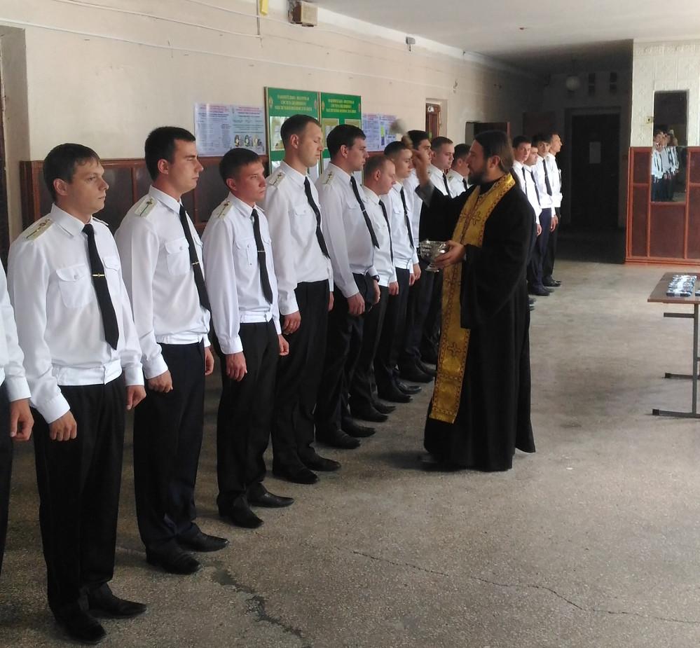 У Криму священик УПЦ благословив російських окупантів