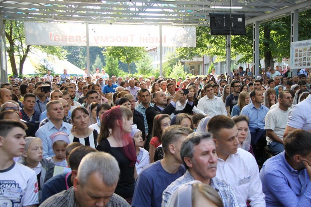 434 місіонери-п'ятидесятники з України служать у шести країнах світу