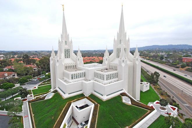 У США мормони відлучили від церкви одного з її керівників