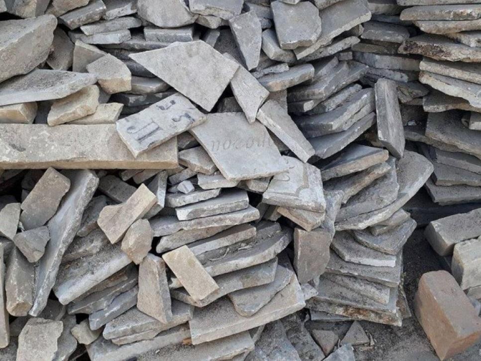 В Одесі виявили підземелля з фрагментами старовинних надгробків з єврейського кладовища