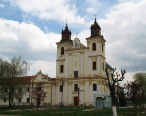 На Івано-Франківщині громада УПЦ відмовилася виконувати рішення райдержадміністрації