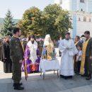 Єпископ і духовенство УПЦ КП благословили воїнів і поліцію у Києві та Житомирі