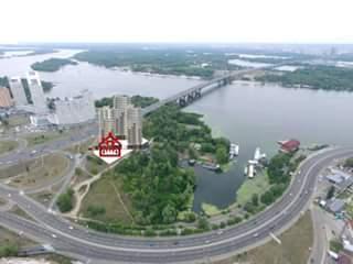УАПЦ обвиняют в попытке незаконно застроить киевский парк