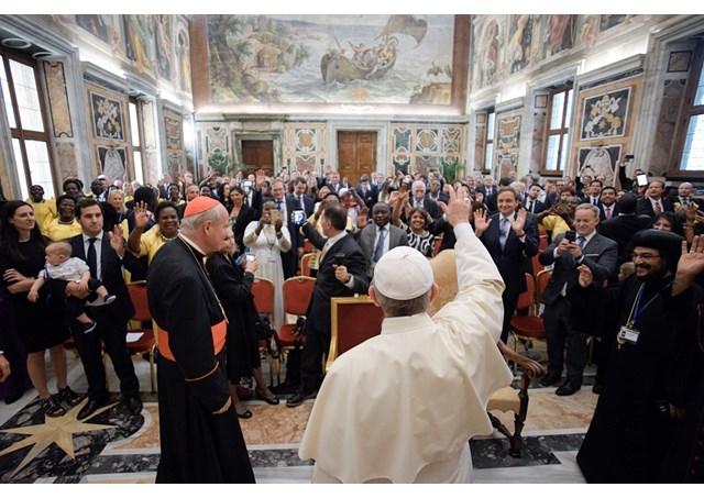 Папа Франциск закликав парламентаріїв-католиків будувати більш гуманне світове суспільство