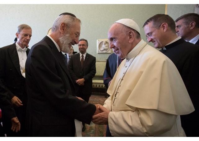 Католики та юдеї «переживають плідний період діалогу», – Папа Франциск на зустрічі з рабинами