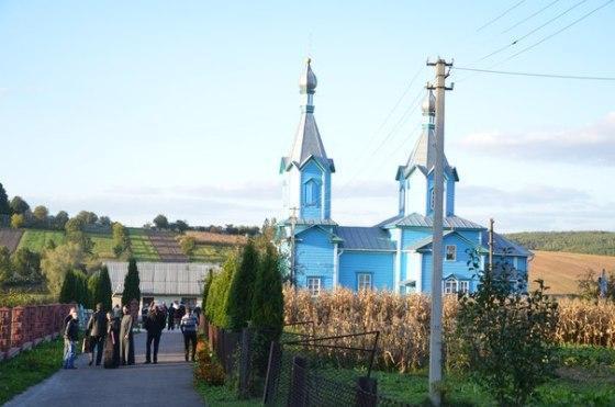 На Рівненщині священик УПЦ (МП) вибив зуба священику УПЦ КП