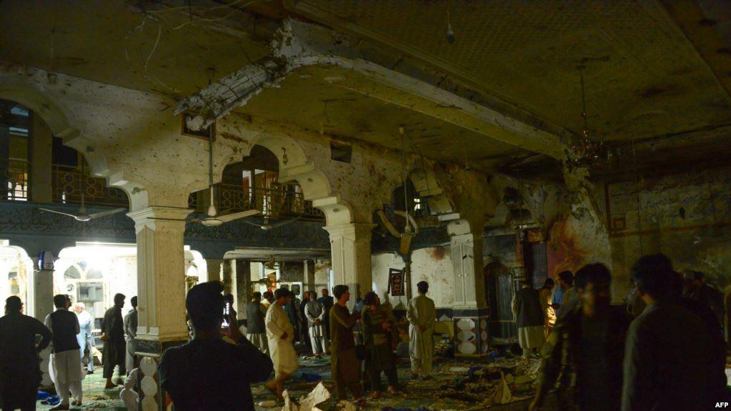 Десятки людей загинули під час нападу на шиїтську мечеть у Гераті