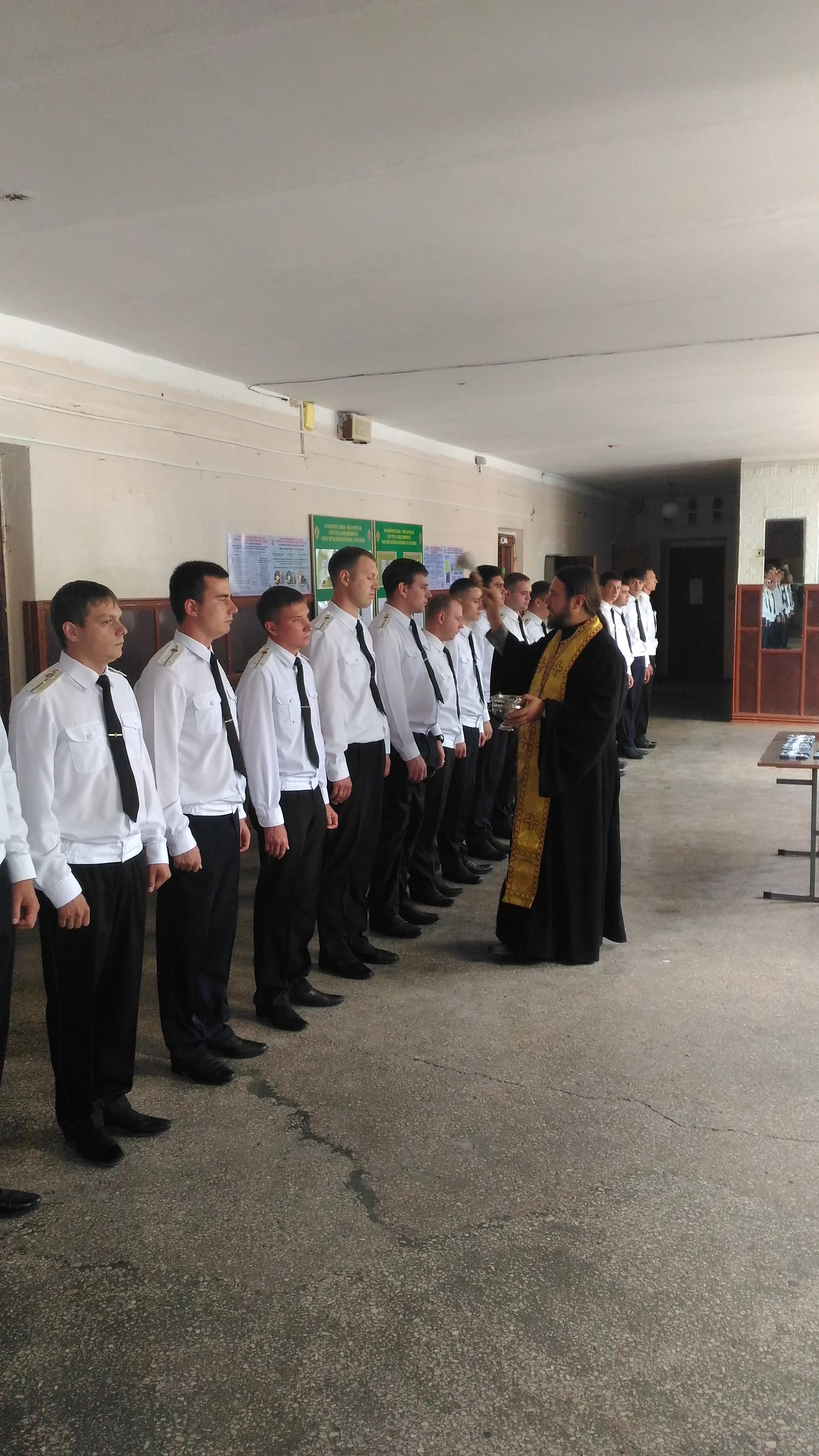 УПЦ (МП) в Криму молиться за пограничників, які захищають Росію і Крим
