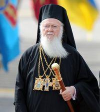 Президент закликає Вселенського патріарха надати автокефалію українській Церкві
