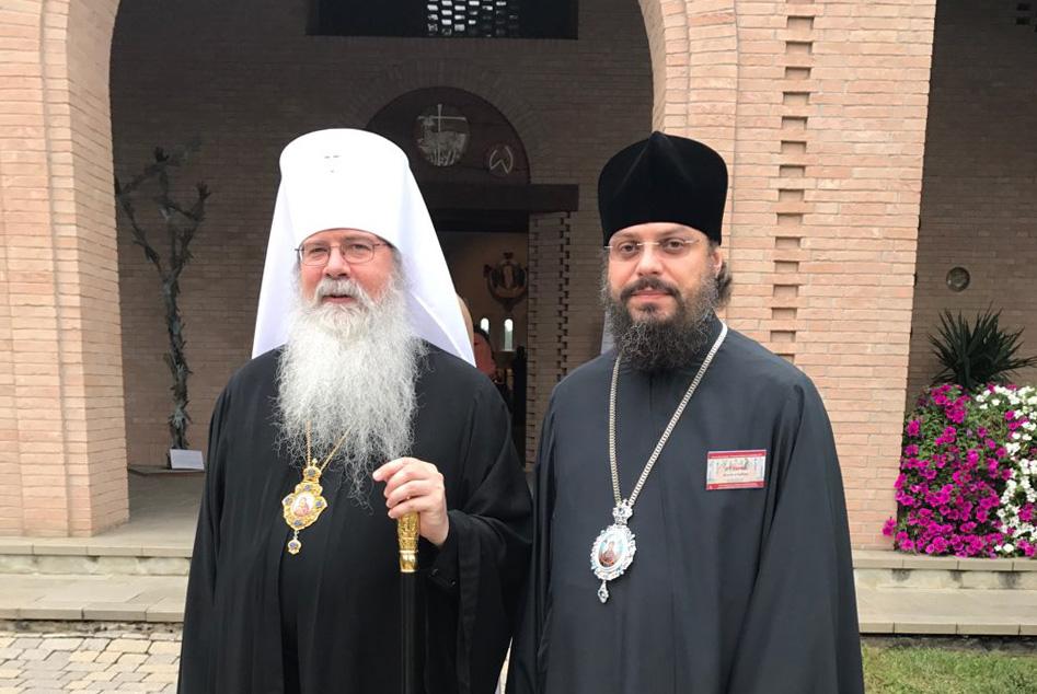 Архієреї УПЦ розповідають главам інших Церков світу про служіння в умовах війни