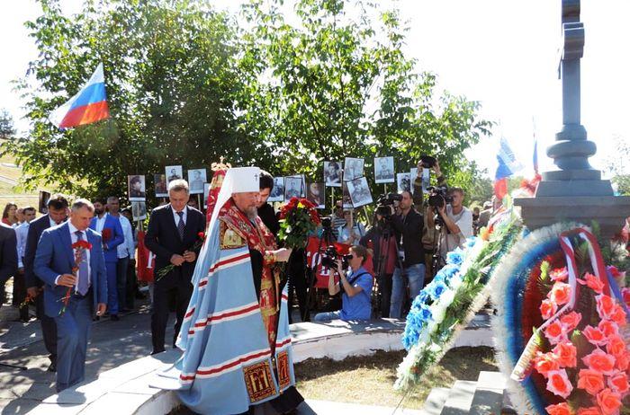 Оккупационные власти Крыма и УПЦ провели акцию поминовения русских воинов