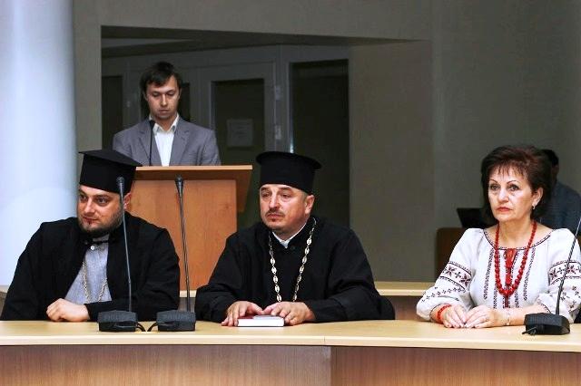 Президент України нагородив священиків УПЦ КП і УПЦ (МП) державними відзнаками