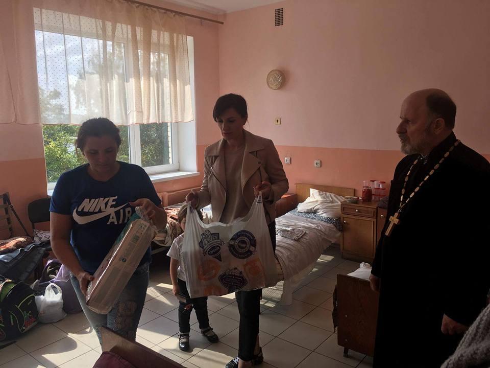 Церкви допомагають потерпілим від пожежі на Вінниччині