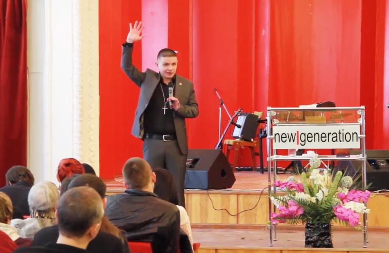 Справу пастора церкви «Нове покоління», який утримував у неволі 40 людей, передали до суду