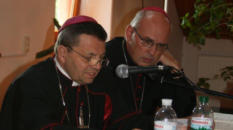 Катехитичний симпозіум римо-католиків запропонував практику богослов'я в сім'ї, в медіа та у зоні АТО