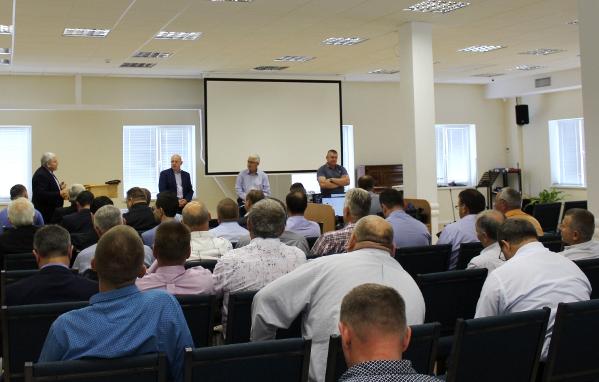 П'ятидесятники України апробують нову навчальну програму для місіонерів і міркують над прогнозом щодо своїх церков на 10 наступних років