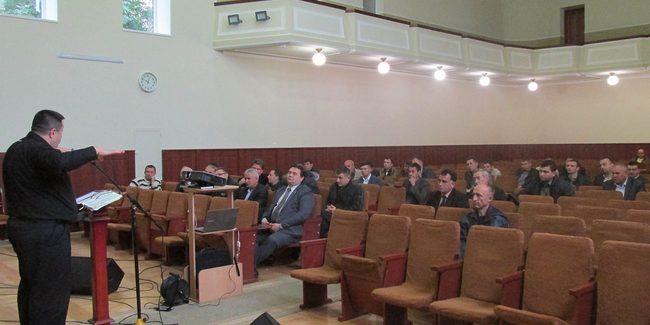 Адвентисты Буковины в служении для молодежи отказываются от мелодий харизматического характера