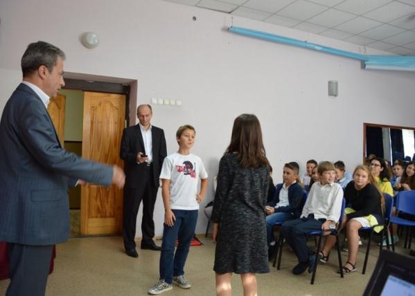 Хасиды представили опыт обучения школьников Киевщины азам профессии «переговорщик»