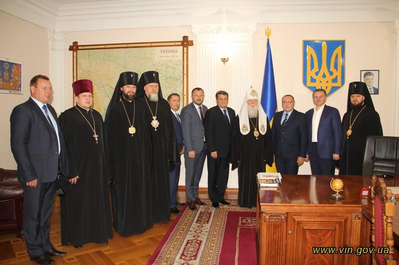 Глава УПЦ КП провів зустріч з керівниками Вінниччини та відвідав штаб командування Повітряних Сил ЗСУ
