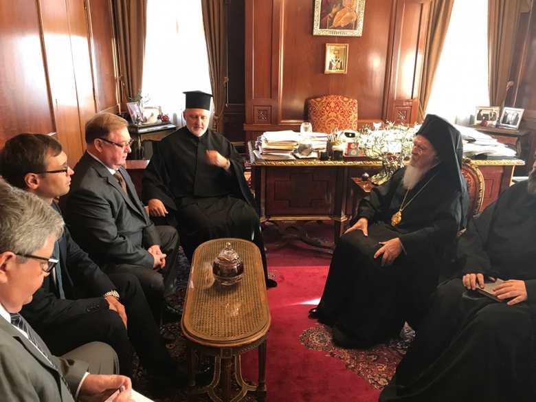 Російські політики зачастили з візитами до Константинопольського Патріарха