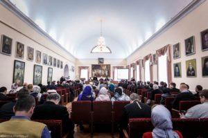 Грузини розповіли на конференції УПЦ про автокефалію і автономію на прикладі своєї Церкви
