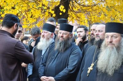 На «румунському» пікеті в Чернівцях помітили представників УПЦ (МП) та «Опоблоку»