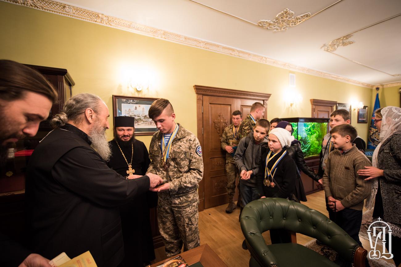 Главу УПЦ відвідали діти-спортсмени з Вінниччини