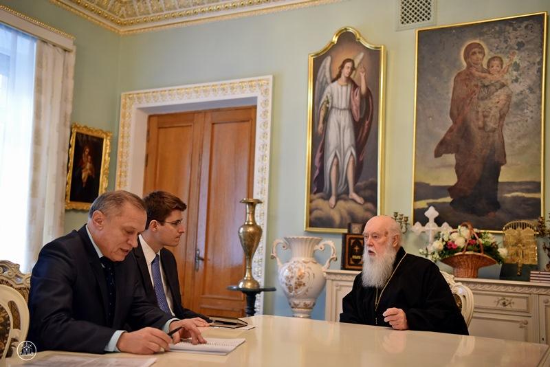 Філарет нагадує дипломатам, що УПЦ КП вдвічі більша від УПЦ (МП)