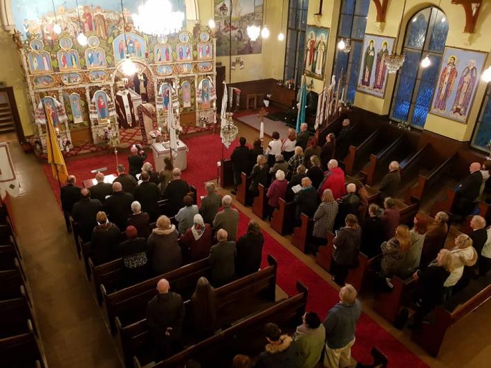 Патріарх УГКЦ зустрівся із українцями Йоркширу та Галіфаксу