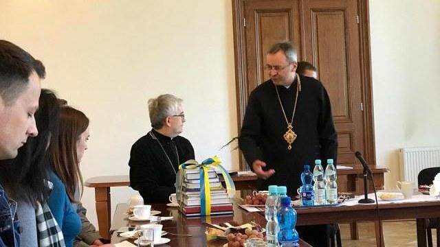 УГКЦ відкрила у Польщі 24 душпастирські центри для українських заробітчан