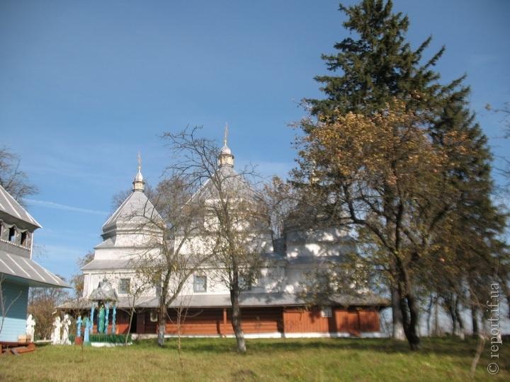 Ще одна парафія на Івано-Франківщині покинула Московський Патріархат