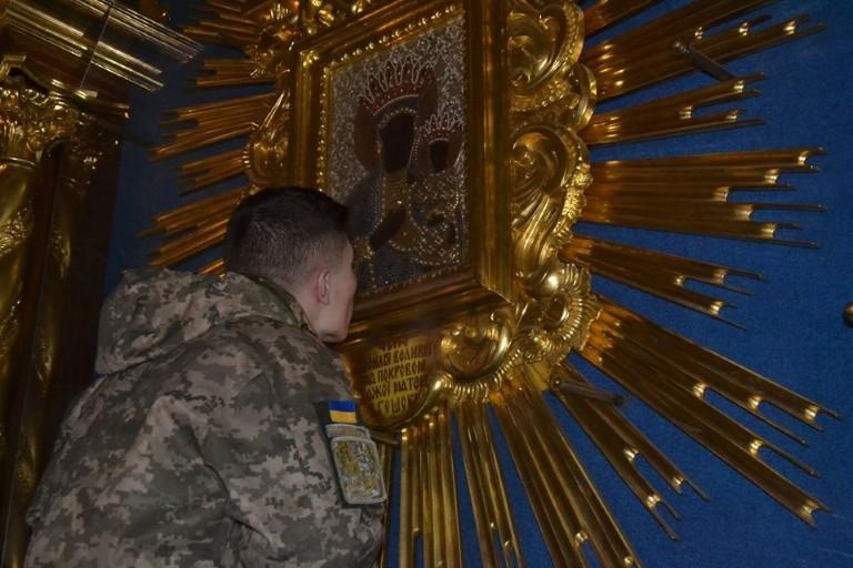 Курсанти-учасники АТО здійснили паломництво до Гошівської ікони Матері Божої