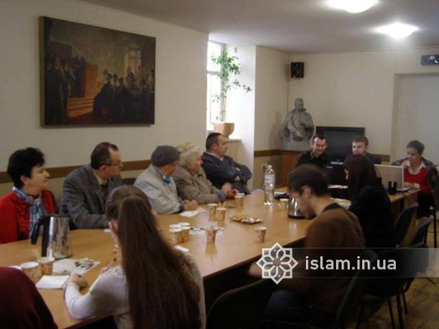 У Львові відбувся круглий стіл «Іван Франко та академічне вивчення релігії»