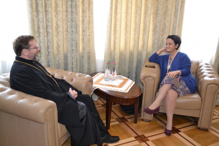 Глава УГКЦ обговорив з послом Іспанії проблему еміграції українців