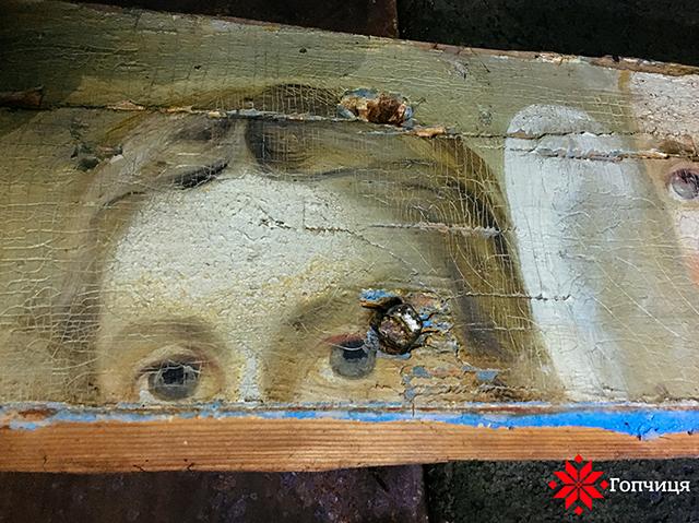 На Вінниччині на горищі сільської школи знайшли залишки стародавніх церковних розписів
