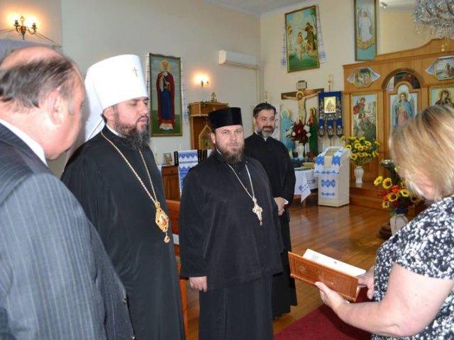 Парафія УПЦ КП у Мадриді розпочала богослужіння, а в Австралії єпископ УПЦ КП зустрівся з українським послом