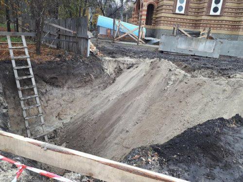 Церкву УПЦ у Черкасах змусили припинити будівництво в парку