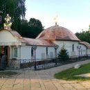 Кияни просять прибрати незаконний храм-монастир УПЦ