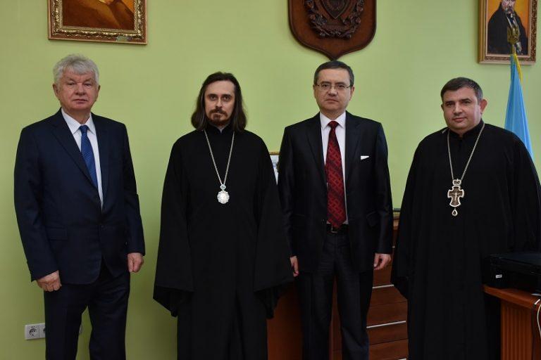 Єпархія УПЦ КП підписала з клінікою Козявкіна меморандум про створення реабцентру для дітей з ДЦП