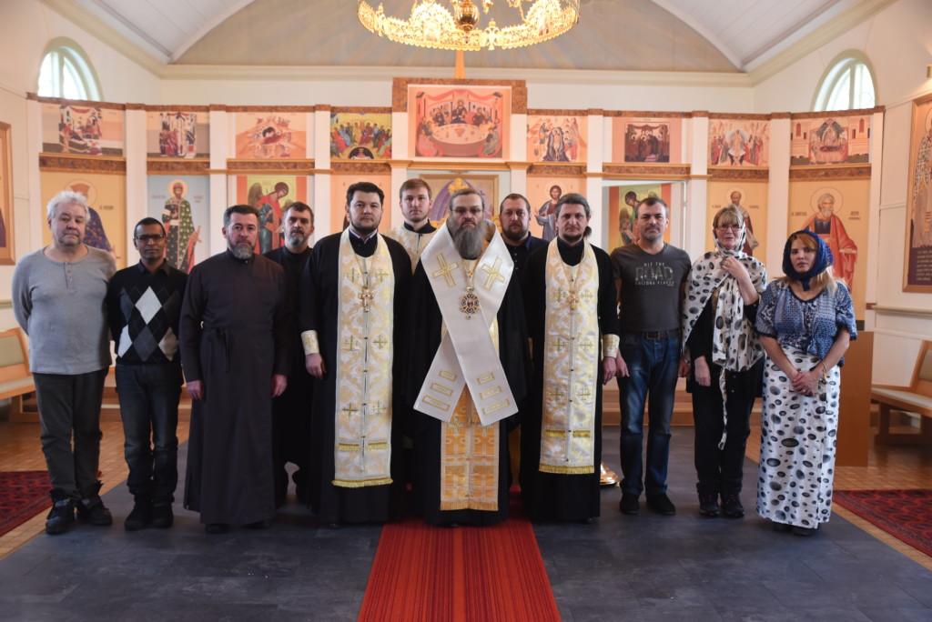 УПЦ пропонує українцям в діаспорі храми РПЦ