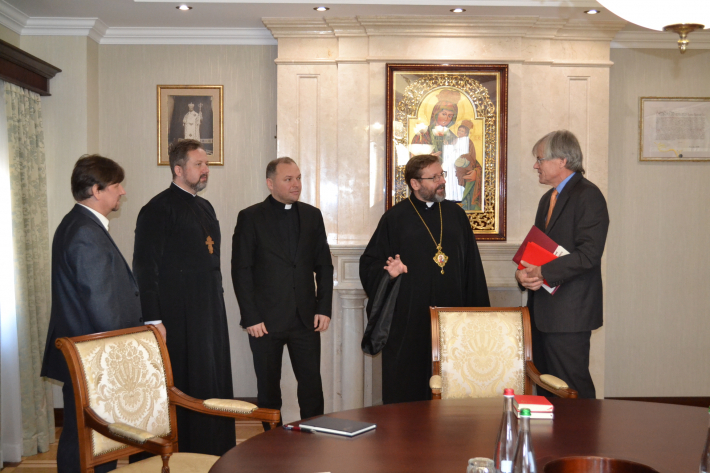 Патріарх УГКЦ зустрівся з главою Делегації Міжнародного Червоного хреста в Україні