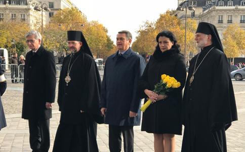 У Нотр дам де Парі греко-католики відправлили Богослужіння за жертв Голодомору