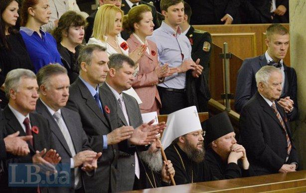УПЦ (МП) на всіх майданчиках діє проти України, - Єленський