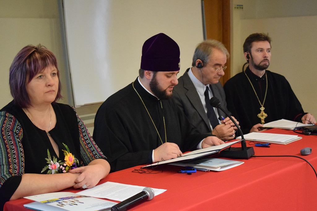 Архієпископ УПЦ КП відвідав українську діаспору в Португалії, міську раду, посольство України та розповів на конференції про