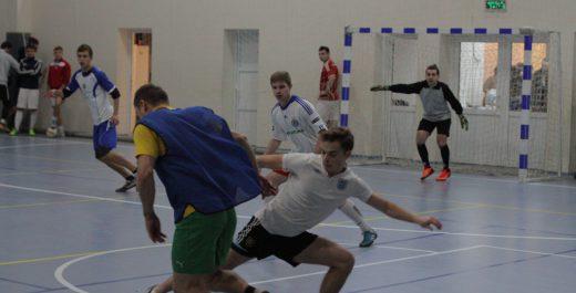 Адвентисти провели на Київщині доброчинний футбольний турнір, зібравши 42 тисячі на лікування місцевої жительки