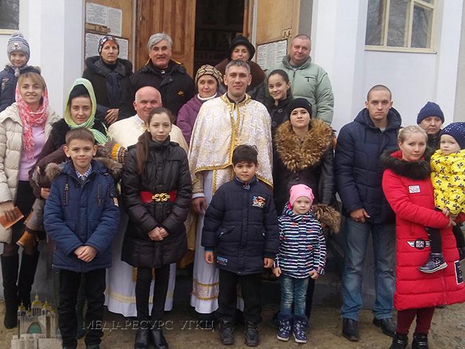 На Херсонщині в православному храмі вперше відслужили літургію для вірян УГКЦ