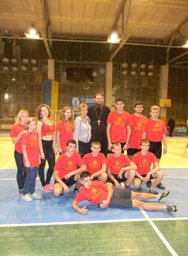 Запорожская епархия УПЦ создала юношескую сборную по гиревому спорту