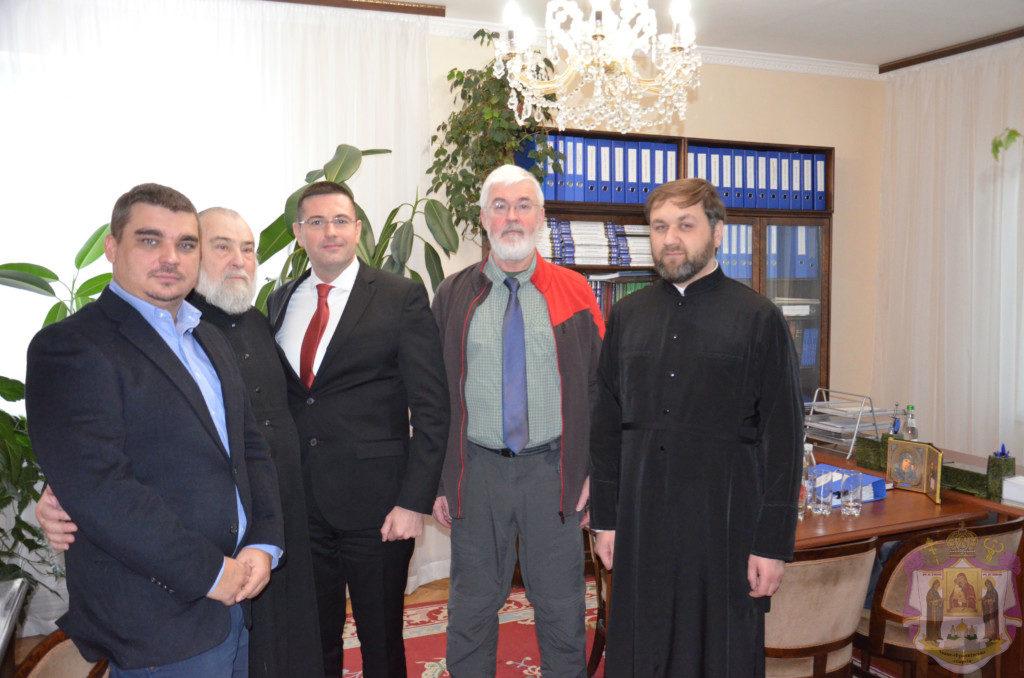 Єпископ УПЦ обговорив з представниками ОБСЄ ситуацію навколо спірних храмів